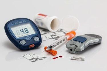 Czy niska cena produktów oznacza niskie koszty zaopatrzenia gabinetu w artykuły medyczne?